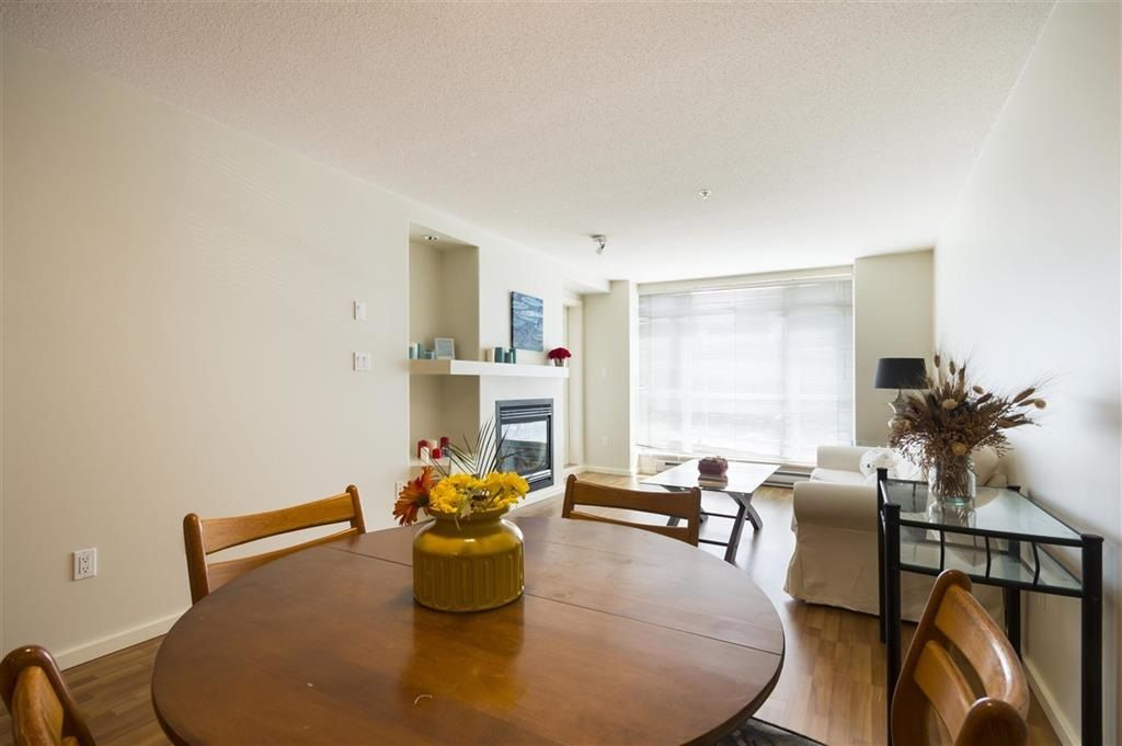 """Photo 8: Photos: 205 3148 ST JOHNS Street in Port Moody: Port Moody Centre Condo for sale in """"SONRISA"""" : MLS®# R2560726"""