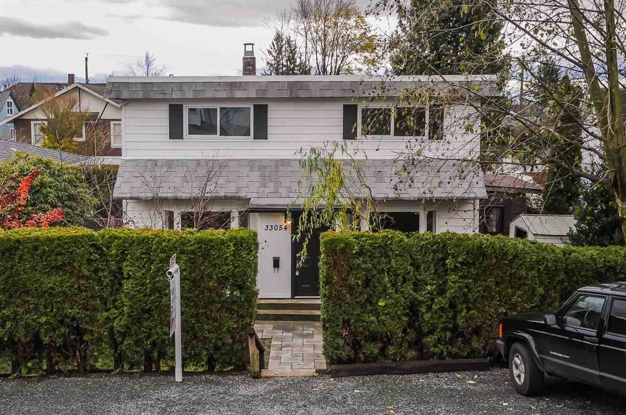 Main Photo: 33054 6TH Avenue in Mission: Mission BC House for sale : MLS®# R2124891