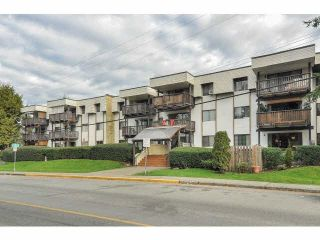 "Photo 1: 101 12170 222 Street in Maple Ridge: West Central Condo for sale in ""Wildwood Terrace"" : MLS®# R2167394"