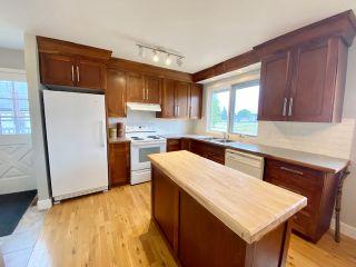 Photo 3: 229 14 Street: Wainwright House for sale (MD of Wainwright)  : MLS®# A1131165