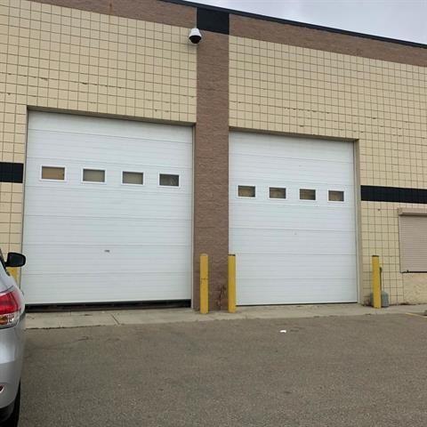 Main Photo: 15542 131 Avenue NW in Edmonton: Zone 40 Industrial for sale : MLS®# E4253301