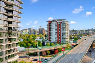 """Photo 5: 812 89 NELSON Street in Vancouver: Yaletown Condo for sale in """"THE ARC"""" (Vancouver West)  : MLS®# R2504656"""