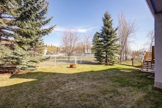 Photo 3: 24 SIGNATURE Way SW in Calgary: Signal Hill Detached for sale : MLS®# C4302567