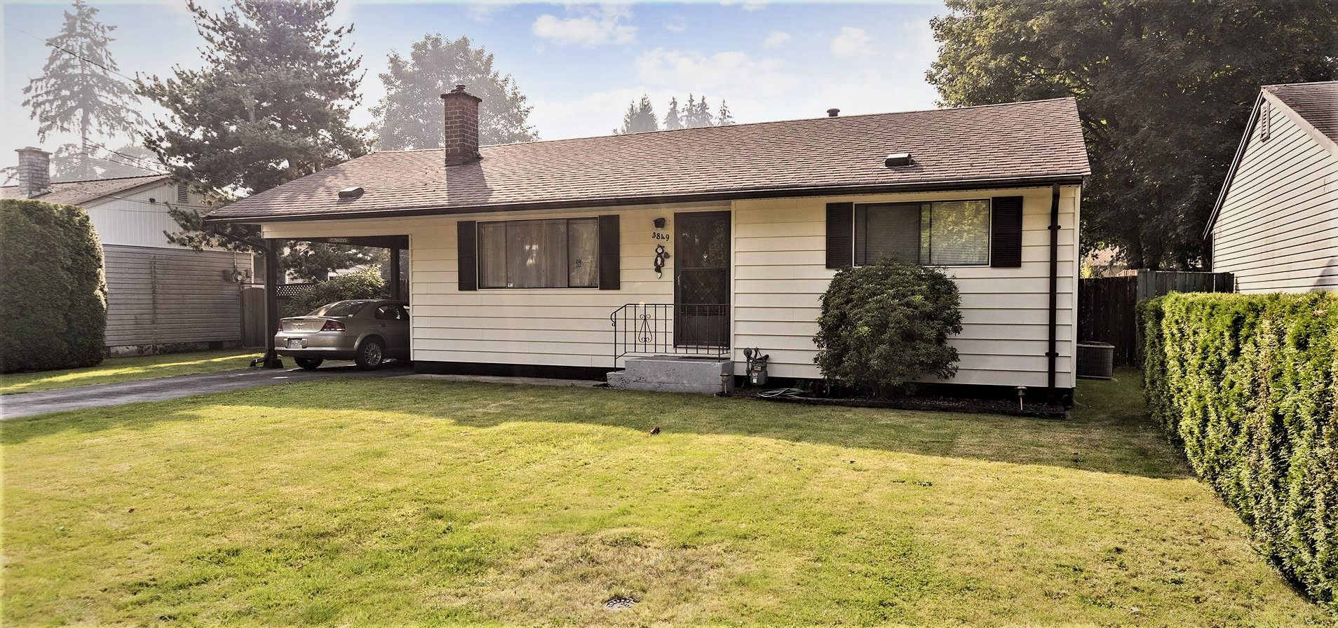 """Main Photo: 3849 INVERNESS Street in Port Coquitlam: Lincoln Park PQ House for sale in """"Sun Valley"""" : MLS®# R2498419"""