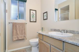 Photo 14: 9318 211 Street in Langley: Walnut Grove House for sale : MLS®# R2430579