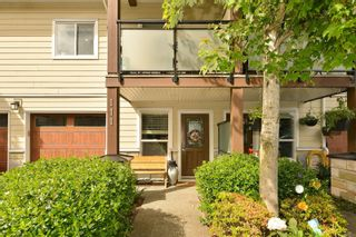 Photo 3: 111 2889 CARLOW Rd in : La Langford Proper Row/Townhouse for sale (Langford)  : MLS®# 878589
