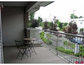 """Photo 20: 303 33478 ROBERTS Avenue in Abbotsford: Central Abbotsford Condo for sale in """"Aspen Creek"""" : MLS®# F2715413"""
