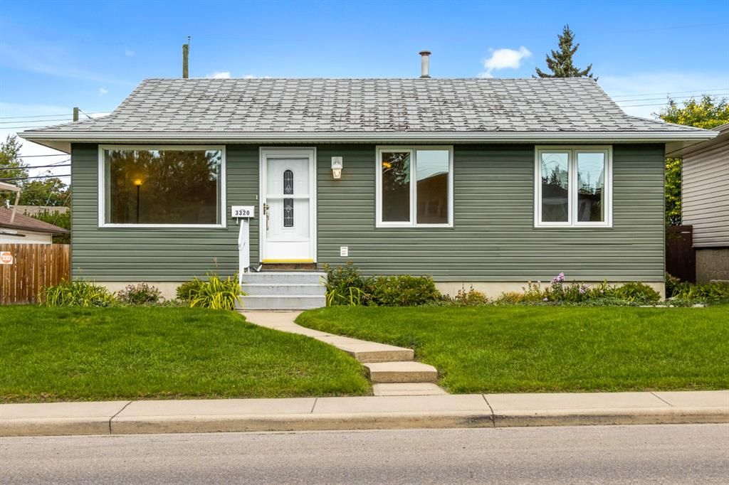 Main Photo: 3320 Dover Ridge Drive SE in Calgary: Dover Detached for sale : MLS®# A1141061