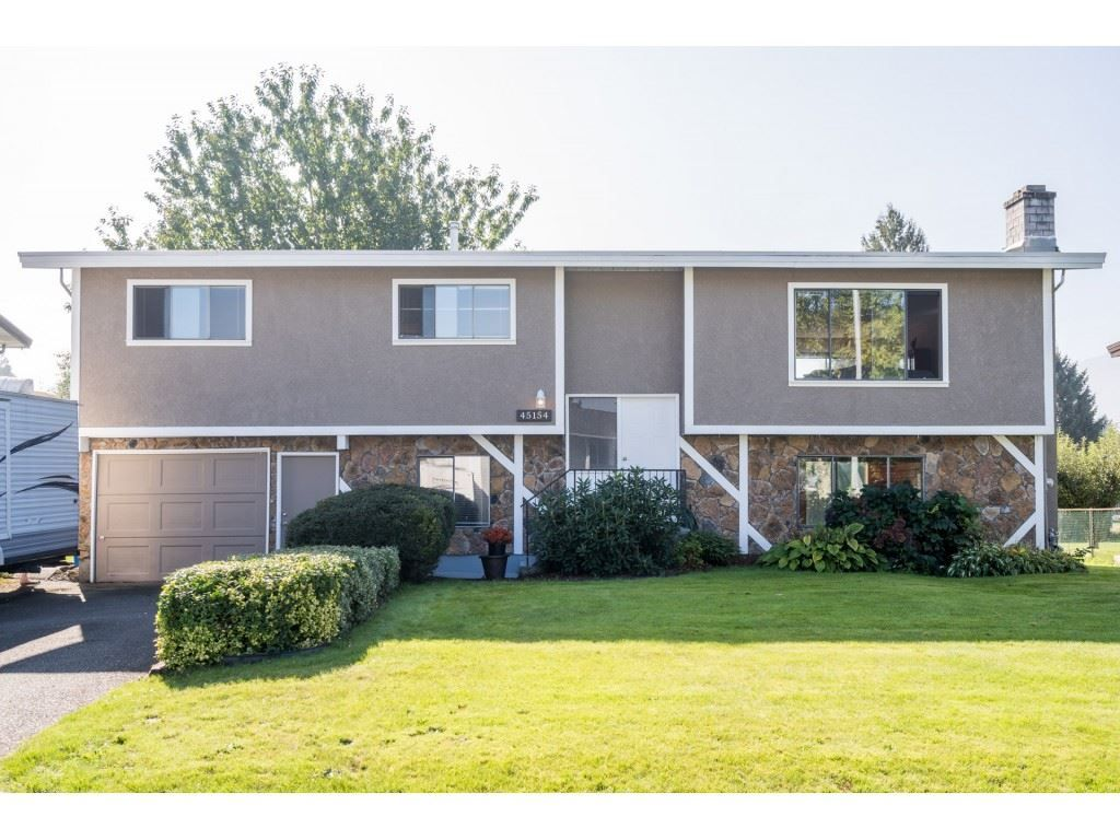 Main Photo: 45154 MOUNTVIEW Way in Chilliwack: Sardis West Vedder Rd House for sale (Sardis)  : MLS®# R2506420