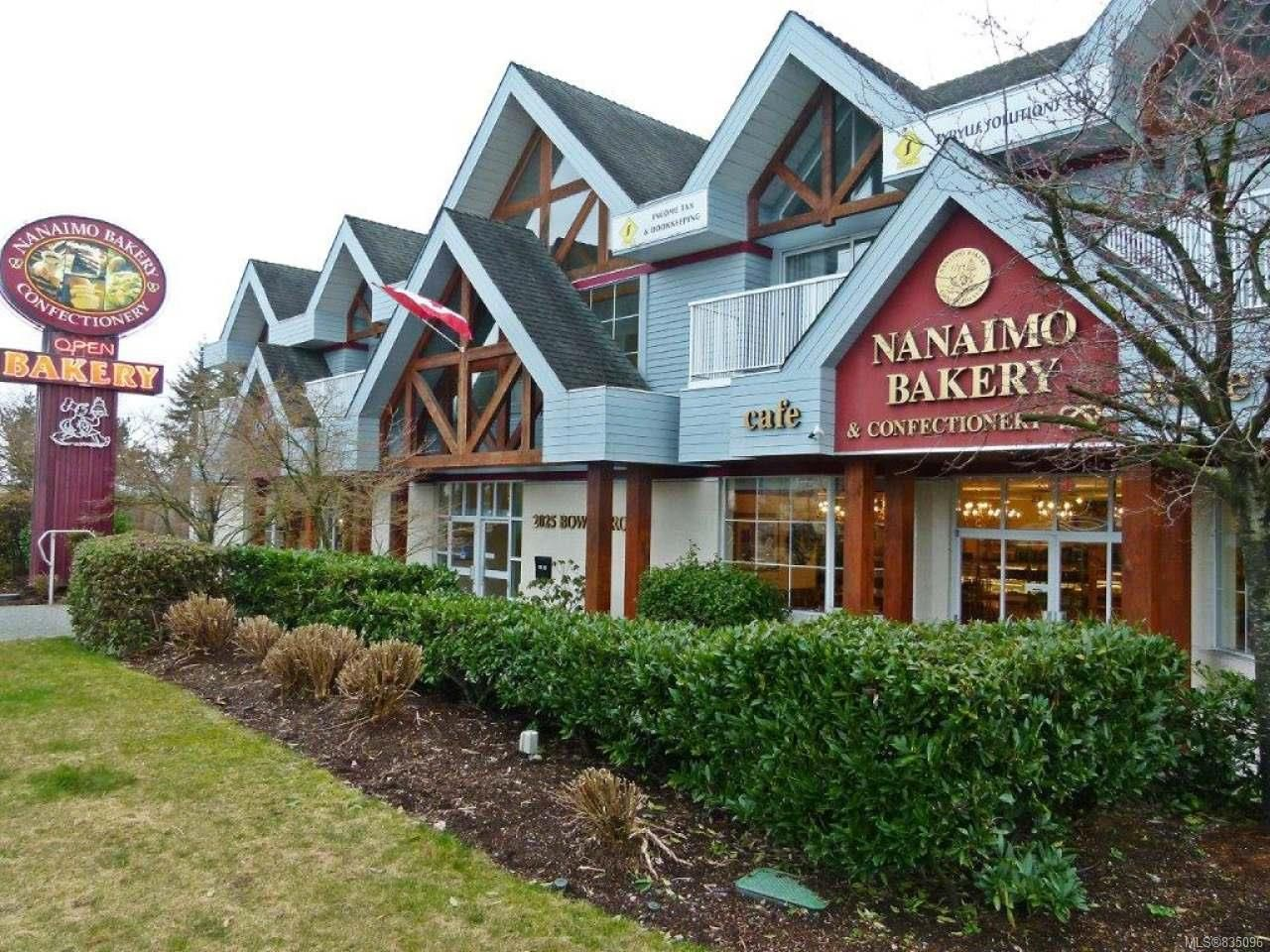 Photo 2: Photos: 2025 Bowen Rd in NANAIMO: Na Central Nanaimo Mixed Use for sale (Nanaimo)  : MLS®# 835096