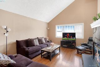 Photo 4: A 2974 Pickford Rd in VICTORIA: Co Hatley Park Half Duplex for sale (Colwood)  : MLS®# 819516