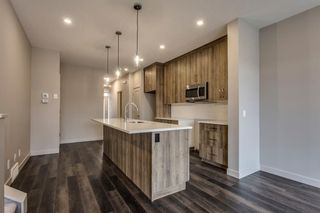 Photo 10: 279 Royal Elm Road NW in Calgary: Royal Oak Row/Townhouse for sale : MLS®# A1146441