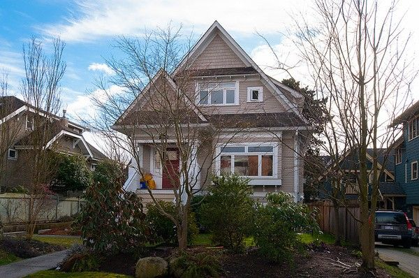 Main Photo: 2316 W 5TH Avenue in Vancouver: Kitsilano 1/2 Duplex for sale (Vancouver West)  : MLS®# V1058971