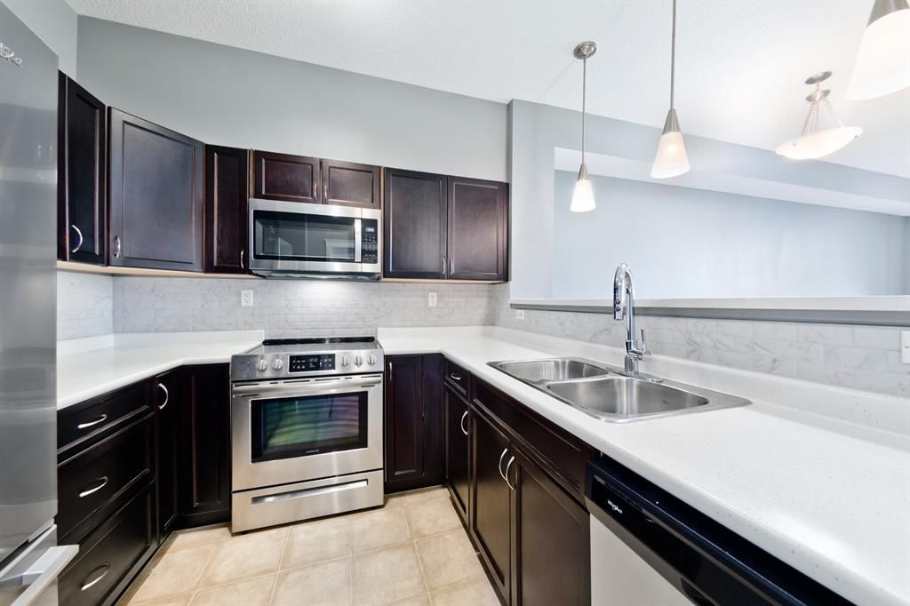 Main Photo: 1316 2370 Bayside Road SW: Airdrie Apartment for sale : MLS®# A1060422