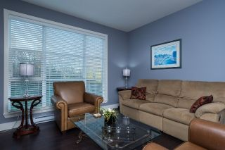 """Photo 3: 40 15405 31 Avenue in Surrey: Grandview Surrey Townhouse for sale in """"Nuvo 2"""" (South Surrey White Rock)  : MLS®# R2018076"""