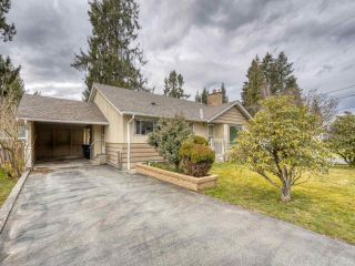 """Photo 2: 2327 CLARKE Drive in Abbotsford: Central Abbotsford House for sale in """"Historic Downtown Infill Area"""" : MLS®# R2556801"""
