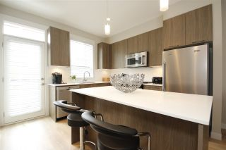 """Photo 2: 21 38684 BUCKLEY Avenue in Squamish: Downtown SQ Townhouse for sale in """"Newport Landing"""" : MLS®# R2145592"""