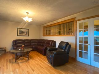 Photo 10: 812 Durham Road in Scotsburn: 108-Rural Pictou County Residential for sale (Northern Region)  : MLS®# 202122165