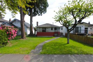 Main Photo: 3084 E 8TH Avenue in Vancouver: Renfrew VE House for sale (Vancouver East)  : MLS®# R2581980