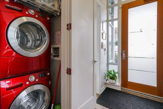 """Photo 22: 2 ATHLETES Way in Vancouver: False Creek Townhouse for sale in """"KAYAK-THE VILLAGE ON THE CREEK"""" (Vancouver West)  : MLS®# R2564490"""