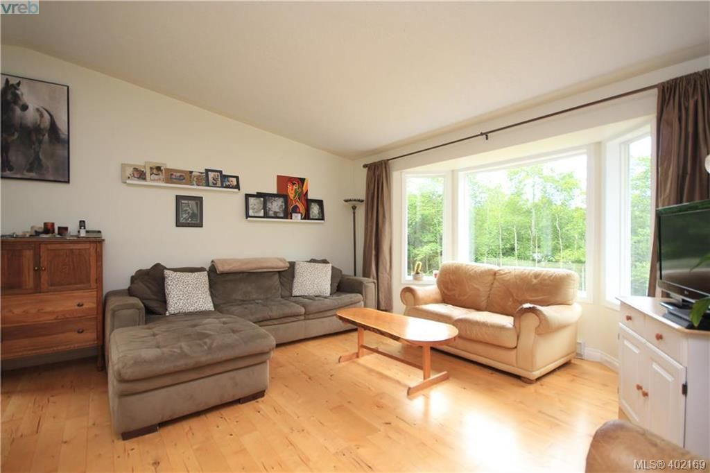 Photo 5: Photos: A 10113 West Coast Rd in SHIRLEY: Sk French Beach House for sale (Sooke)  : MLS®# 802526
