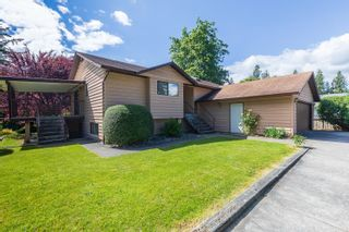 Photo 1: 31856 SILVERDALE Avenue in Mission: Mission BC House for sale : MLS®# R2611445