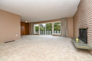 Photo 10: 369 Aitken St in : CV Comox (Town of) House for sale (Comox Valley)  : MLS®# 860611