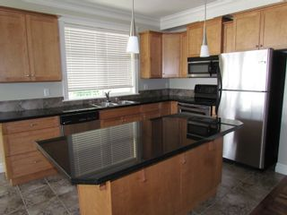 """Photo 4: #306B 45595 TAMIHI WAY in CHILLIWACK: Vedder S Watson-Promontory Condo for rent in """"THE HARTFORD"""" (Sardis)"""