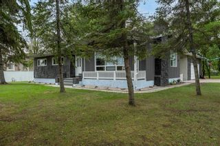 Photo 2: 400 Rossmore Avenue in West St Paul: R15 Residential for sale : MLS®# 202121756
