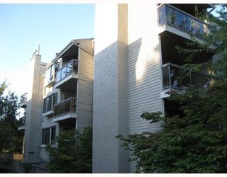 """Photo 1: 302 1875 W 8TH Avenue in Vancouver: Kitsilano Condo for sale in """"THE WESTERLY"""" (Vancouver West)  : MLS®# V761961"""