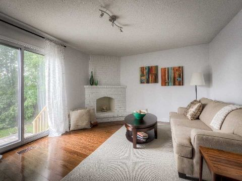 Photo 2: Photos: 2 Artisan Place in Toronto: Hillcrest Village House (2-Storey) for sale (Toronto C15)  : MLS®# C3019377