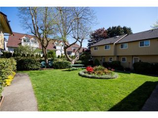 Photo 1: 3340 FINDLAY ST in Vancouver: Victoria VE Townhouse for sale (Vancouver East)  : MLS®# V1005789