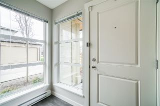 """Photo 6: 71 19477 72A Avenue in Surrey: Clayton Townhouse for sale in """"Sun at 72"""" (Cloverdale)  : MLS®# R2558879"""