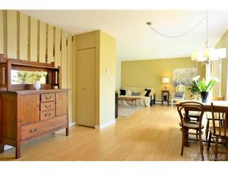 Photo 3: 12 10070 Fifth St in SIDNEY: Si Sidney North-East Row/Townhouse for sale (Sidney)  : MLS®# 672523