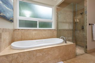 Photo 5: 2735 Tatton Rd in Courtenay: CV Courtenay North House for sale (Comox Valley)  : MLS®# 878153