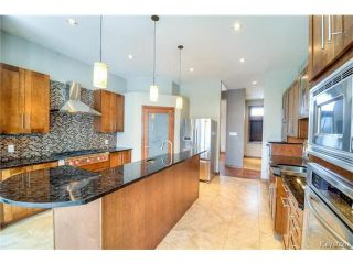 Photo 2: 1557 Charleswood Road in WINNIPEG: Charleswood Residential for sale (South Winnipeg)  : MLS®# 1423932