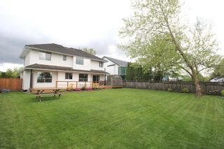 """Photo 15: 4527 222A Street in Langley: Murrayville House for sale in """"Murrayville"""" : MLS®# R2268496"""