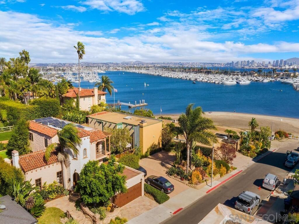 Main Photo: POINT LOMA House for sale : 3 bedrooms : 2930 McCall St in San Diego