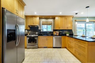 Photo 9: 11721 BLAKELY Road in Pitt Meadows: South Meadows House for sale : MLS®# R2624937