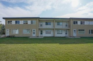 Photo 24: 142 2211 19 Street in Calgary: Vista Heights Row/Townhouse for sale : MLS®# A1144636