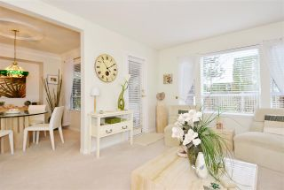 """Photo 4: 146 15550 26 Avenue in Surrey: King George Corridor Townhouse for sale in """"Sunnyside Gate"""" (South Surrey White Rock)  : MLS®# R2029140"""