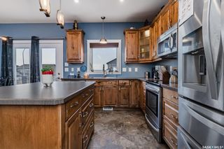 Photo 3: 901 Salmon Way in Martensville: Residential for sale : MLS®# SK851159