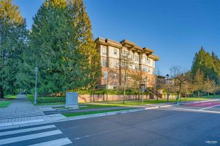 Photo 3: 406 2250 WESBROOK MALL in Vancouver: University VW Condo for sale (Vancouver West)  : MLS®# R2525411