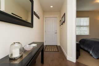 """Photo 3: 78 2469 164 Street in Surrey: Grandview Surrey Townhouse for sale in """"Abbey Road"""" (South Surrey White Rock)  : MLS®# R2075414"""