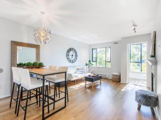 """Main Photo: 303 175 E 10 Street in Vancouver: Central Lonsdale Condo for sale in """"Rutherford Park"""" (North Vancouver)  : MLS®# R2616096"""