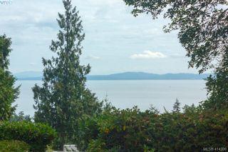 Photo 1: 820 Del Monte Lane in VICTORIA: SE Cordova Bay House for sale (Saanich East)  : MLS®# 821475