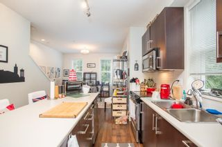 """Photo 7: 21 19538 BISHOPS REACH in Pitt Meadows: South Meadows Townhouse for sale in """"Turnstone"""" : MLS®# R2617957"""