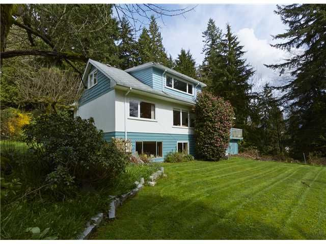 Main Photo: 1341 MOUNTAIN HY in North Vancouver: Westlynn House/Single Family for sale : MLS®# V1022895