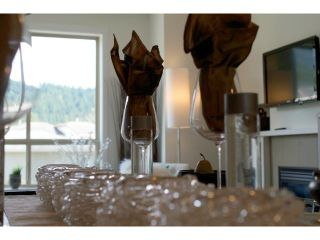 """Photo 5: 16 40653 TANTALUS Road in Squamish: Tantalus Townhouse for sale in """"TANTALUS CROSSING TOWNHOMES"""" : MLS®# V985776"""