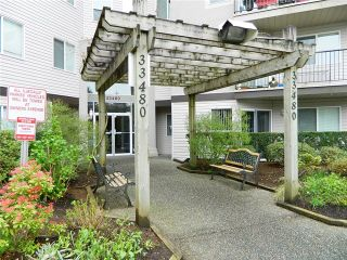 Photo 8: # 105 33480 GEORGE FERGUSON WY in Abbotsford: Central Abbotsford Condo for sale : MLS®# F1434529